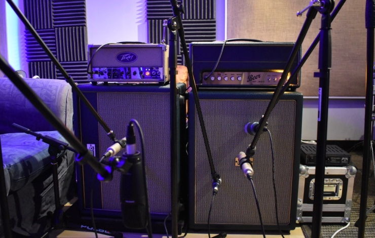 Peavey Classic 20 guitar amplifier (left) and Beer MP20H guitar amplifier (right) both with Zilla custom made speaker cabinets
